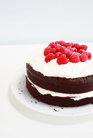 chocOlate mud cake with berries & cream