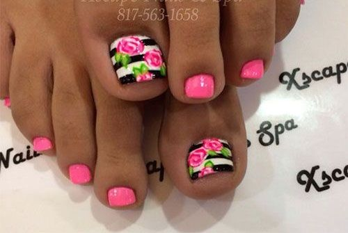 Pink flowers nails toe - Uñas de rosas para los pies
