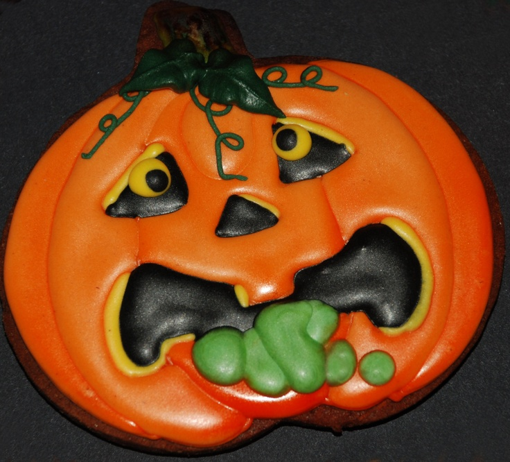 4286 best Royal Creations - cookies images on Pinterest Decorated - halloween pumpkin cookies decorating