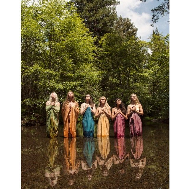 Rainbow Goddesses at the Spirit Weavers Gathering by the incredible @kacie__tomita. Silks naturally dyed by @mariacalderon #spiritweaversgathering