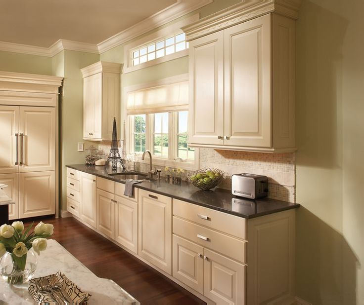 Best 50 Yorktowne Cabinetry Images On Pinterest Kitchen