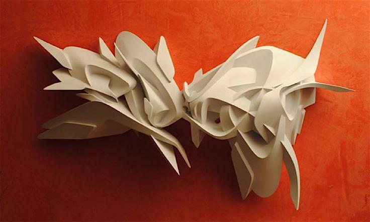 Nicht erst seit M.C. Escher begeistern uns optische Täuschungen und Spiele mit Perspektive, Raumtiefe und mehr. Die Erwartungen des Betrachters (ent-)täuschen und Sehgewohnheiten stören – das ist das Ziel vieler Künstler. Unseren Blick für Neues und Ungewö