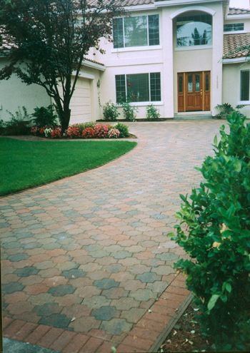 Pacific Interlock's Roma paver is an archetype of true interlocking pavers. The color used is B4 (red/tan/charcoal)