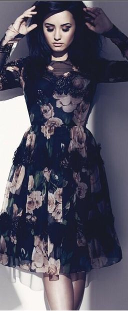 Demi Lovato has officially converted me into a fan.  In Dolce & Gabbana