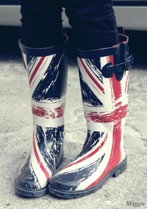 Jackboots Should get a pair for my next trip to London!FLAGS OF THE WORLD : More Pins Like This At FOSTERGINGER @ Pinterest