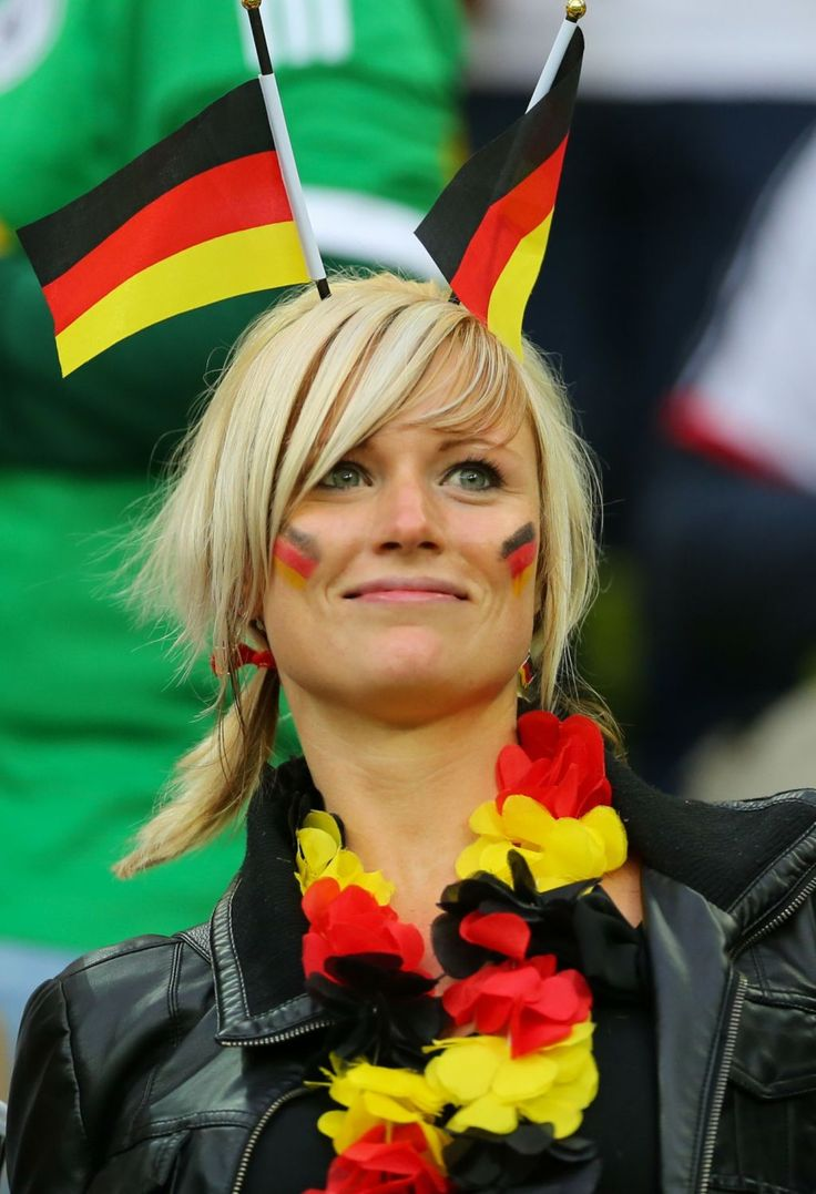 Sportfanzine | #sexy #female #fans #germany | soccer ...