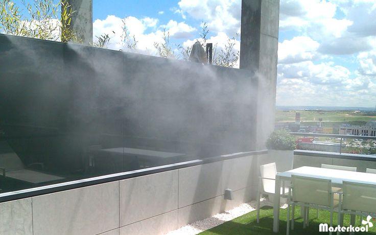 Sistema de nebulizaci n masterkool espa a en la terraza de for Viviendas para terrazas