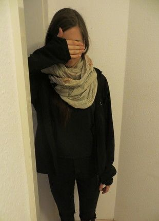 Kaufe meinen Artikel bei #Kleiderkreisel http://www.kleiderkreisel.de/accessoires/tucher/132022738-gemustertes-sommerliches-schlauchtuch