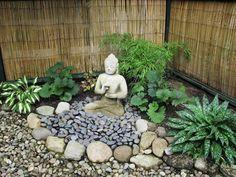 Statuette bouddha pour un amenagement jardin zen
