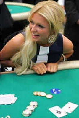Two sexiest girls on the poker tournament - YouTube