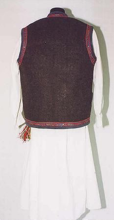 Men's costume from Muntenia, zone Teleorman