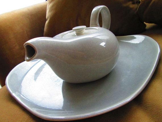 Make Mommy some tea with this Mid Century Modern Russel Wright TeaPot  Platter by truthorwear, $85.00