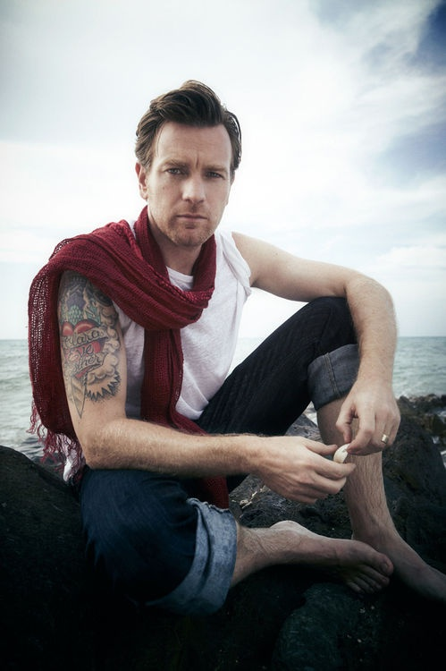 Ewan McGregor- sing to me Ewan like you did to Nicole. I went to Paris because of the two of your movie- Moulin Rouge.