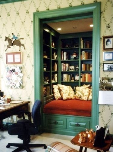 :) i-love-reading: Small Closet, Closet Spaces, Closet Nooks, Offices, Reading Nooks, House, Closet Books Nooks, Great Ideas, Booknook