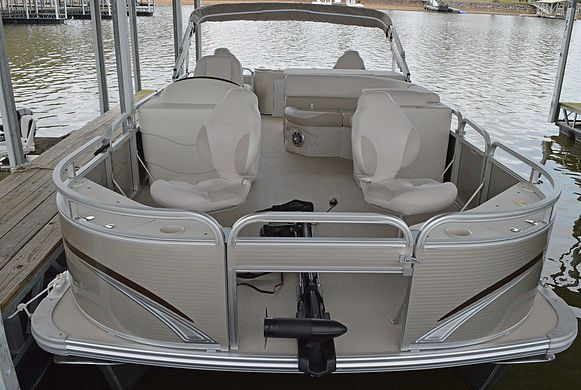 Pontoon Rentals at Kentucky Lake Moors Resort
