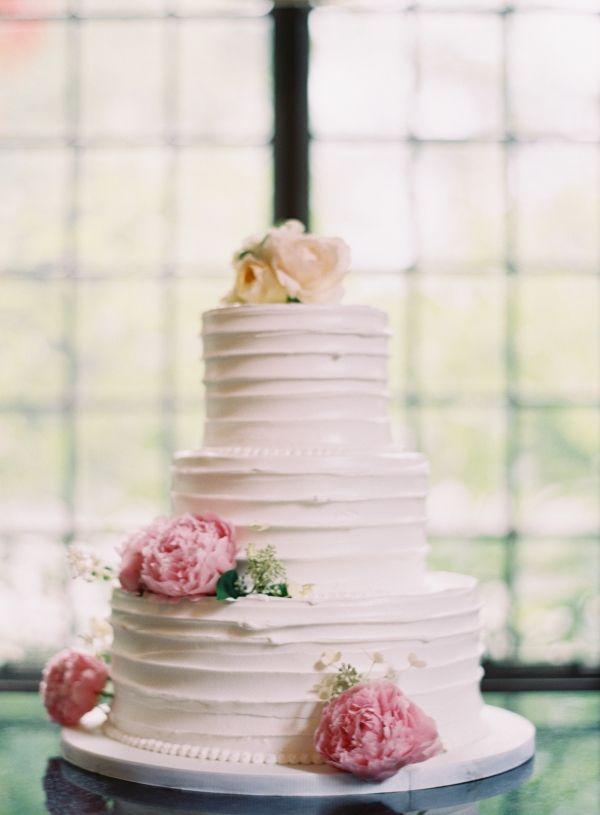 Classic Wedding Cake With Fresh Flowers by Oak Mill Bakery | photography by http://www.claryphoto.com | cake by http://www.oakmillbakery.com/