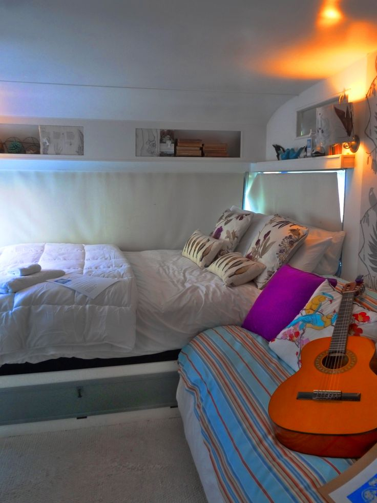 Snug in a 1950s classic caravan - Wairarapa, New Zealand