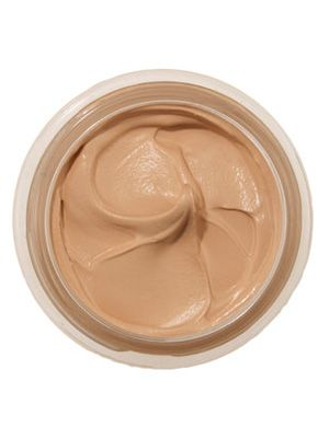 This mousselike CoverGirl Clean Whipped Creme foundation blends easily to even out skin tone, revealing a flawless, matte complexion....