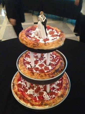 Groom's cake??  Funniest wedding idea I've seen today.