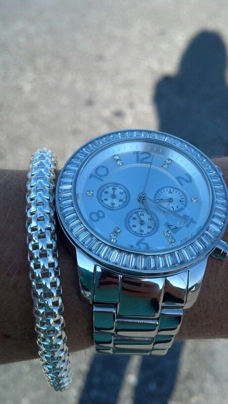 Silpada Watch, silver, and bracelet...Gorgeous Combo! To purchase this or any other beautiful silver, visit my website at: http://mysilpada.com/rona.simongoldstein