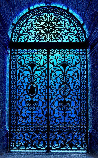 Beautiful wrought-iron door at a chapel in Rio de Janeiro • photo: Ricardo Bevilaqua on Flickr