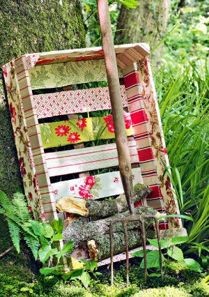 Garden Crafts - Stack seasoned firewoodGardens Ideas, Diy Gardens, Gardens Beautiful, Gardens Things, Groovy Gardens, Garden Crafts, Gardens Crafts, Crates Ideas, Pallets Projects