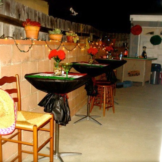 21 best mexican theme party images on pinterest mexican for Cocktail table ideas