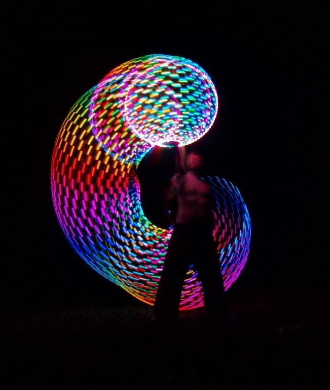 kinda wanna know what kind of LED hoop she's using!