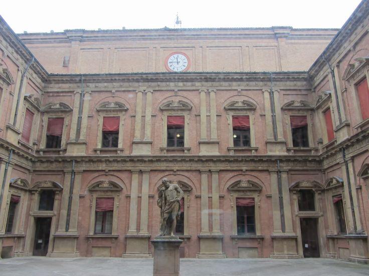Universidad de Bolonia.