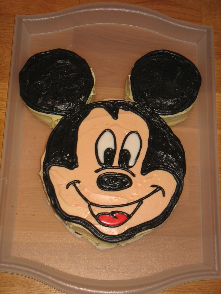 Gotta love Mickey!!  It was probably the easiest character cake I have ever made!