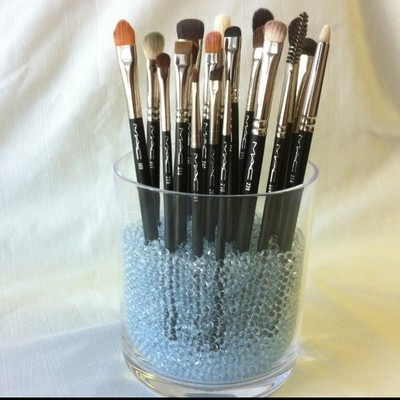 sephora brush holder glass beads hard to find 4 lbs mac