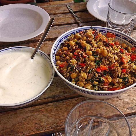 Hackfleisch-Reis-Pfanne mit Curry, Kichererbsen und Rosinen (Rezept mit Bild) | Chefkoch.de