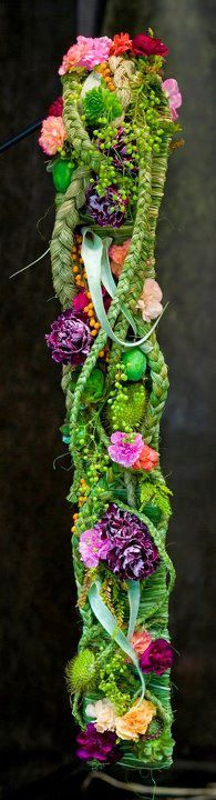 ..floral column, Corinthian, iconic,etc