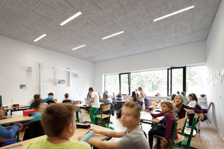 Gallery of Bundesgymnasium Gainfarn - Bad Vöslau / Franz Architekten - 5