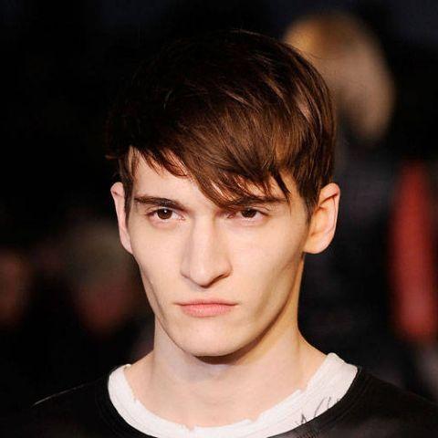 16 angular fringe hairstyle ideas for men 11  styleoholic