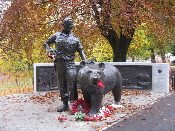 A statue in the heart of Edinburgh honors a bear that served in the Polish military during World War II