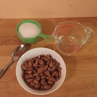 Pia Stuff: Homemade Roasted Almonds – perfect little present