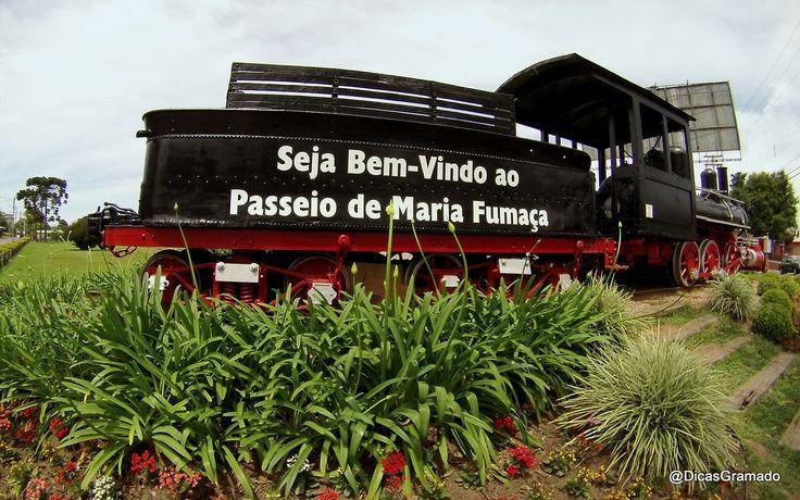 ✿⊱♥ Durante duas horas, o trem Maria Fumaça percorre 23 km entre as estações de Bento Gonçalves e Carlos Barbosa, com apresentações típicas italianas e gaúchas, que acontecem dentro dos vagões durante a viagem.  Um passeio super animado…