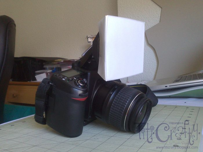 DIY Flash Diffuser for Built-in Pup up Flashes | Titicrafty by Camila