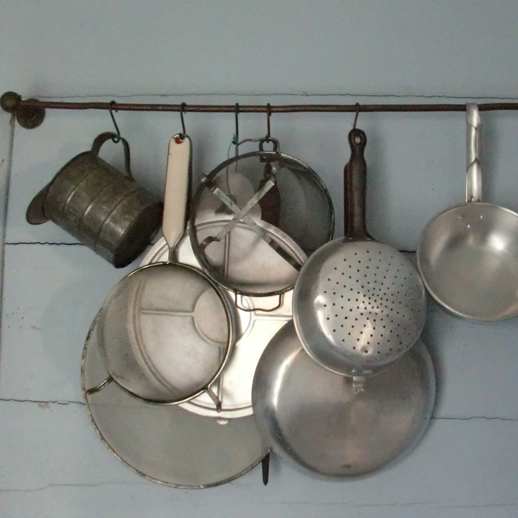 Hubs wants something like this.  I love it too! http://www.straumen-in-solund.com/wp-content/uploads/2011/02/Farm-house-traditional-kitchenware-.jpg
