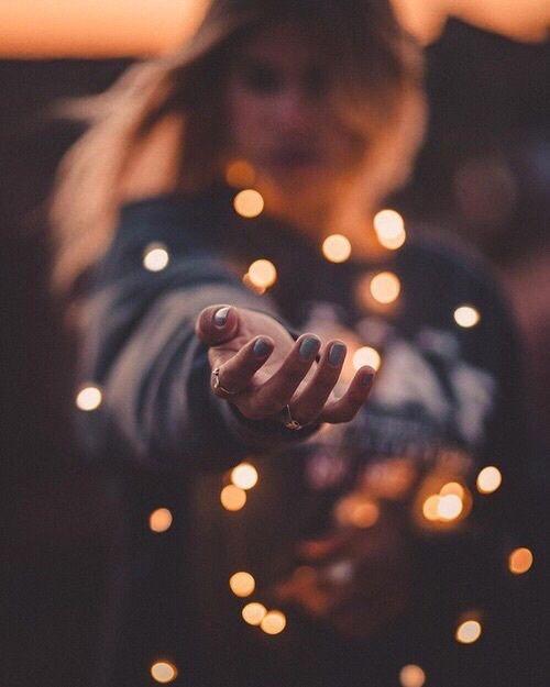 Imagem de light, girl, and autumn