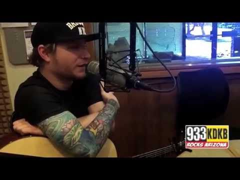 Zach Myers of Shinedown and Justin Moore of Ingram Hill Stop by 93.3 KDKB in Phoenix, AZ