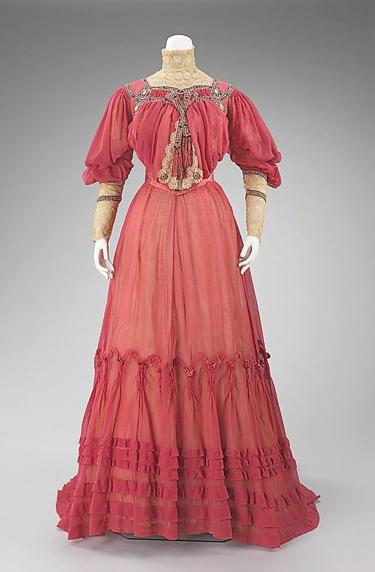 Afternoon dress by Jacques Doucet Date: ca. 1903 Culture: French Medium: cotton, silk Accession Number: 2009.300.1153a, b The Metropolitan Museum of Art
