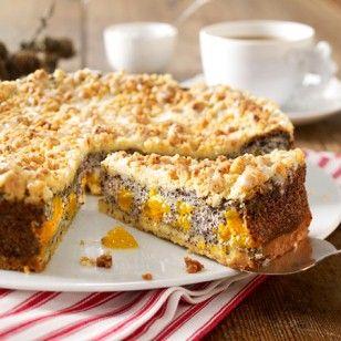 Den Mohnkuchen mit Streusel hat uns Oma schon serviert. Wir zeigen Ihnen Schritt für Schritt, wie sie ihn zu Hause ganz einfach nachbacken können.