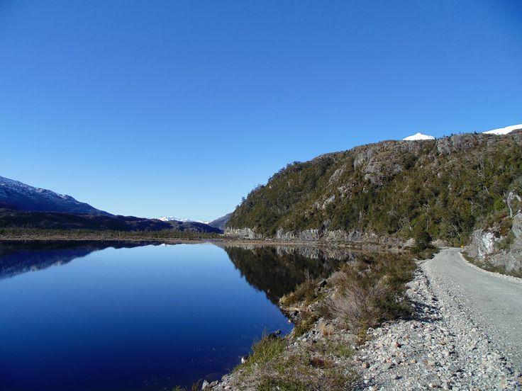 Lago Vargas en Villa O'Higgins, región de Aysén. Foto de Claudio Guerrero Pairos.