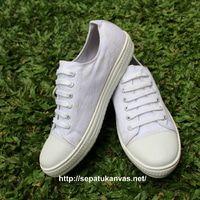 Sepatu Kanvas - Casual Warna Putih Ciarmy Type SKC-01 White