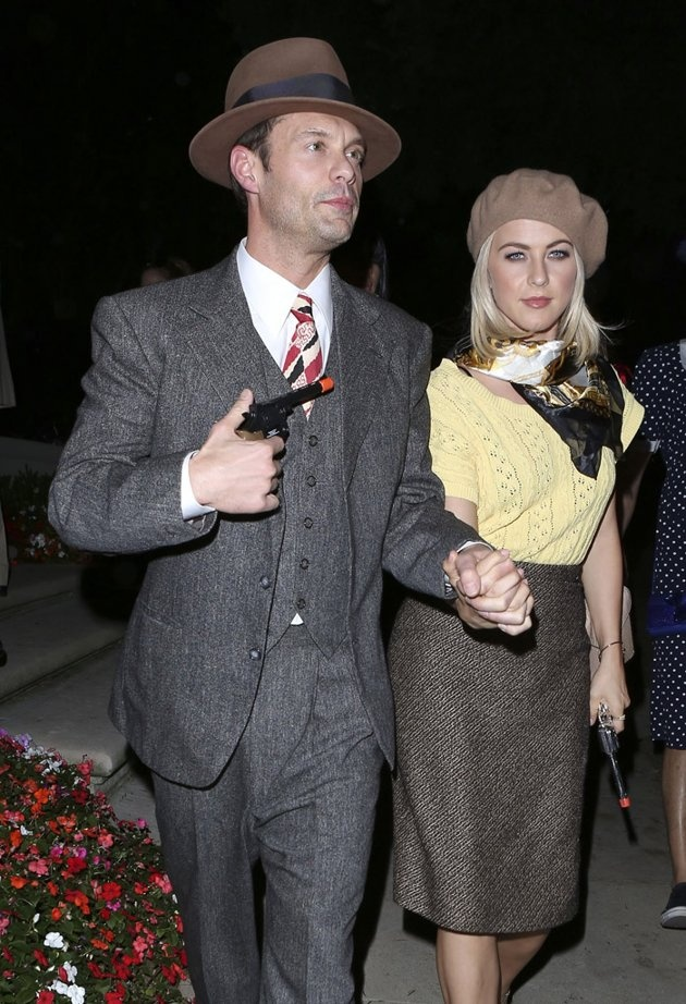 Julianne Hough as Bonnie From Bonnie and Clyde Halloween