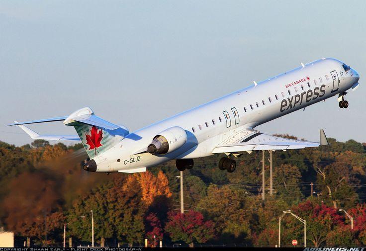 Bombardier CRJ-705ER (CL-600-2D15) aircraft picture