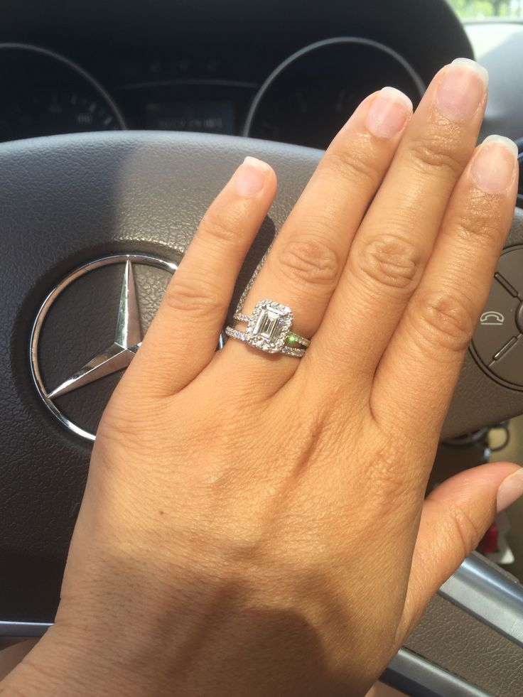 This Emerald Cut Is Gorgeous D Color Vs1 Tiffany Soleste