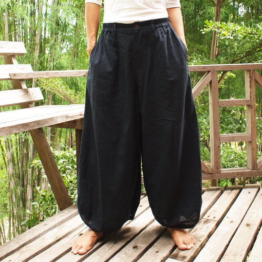 """Chill Pants"" in navy blue linen"